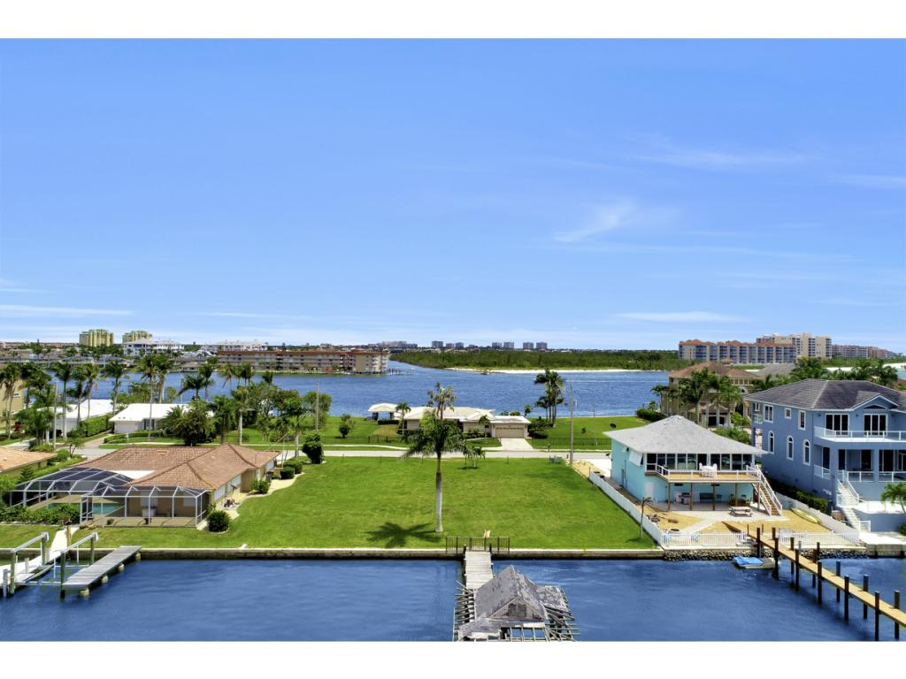Land for sale in 21 PELICAN ST W, NAPLES, Florida ,34113