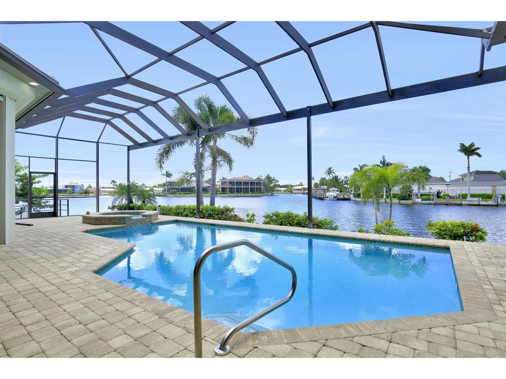 Single Family Home for sale in 488 PEPPERWOOD CT, MARCO ISLAND, Florida ,34145
