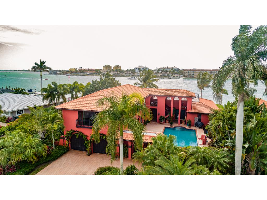 Single Family Home for sale in 4 W PELICAN ST W, NAPLES, Florida ,34113