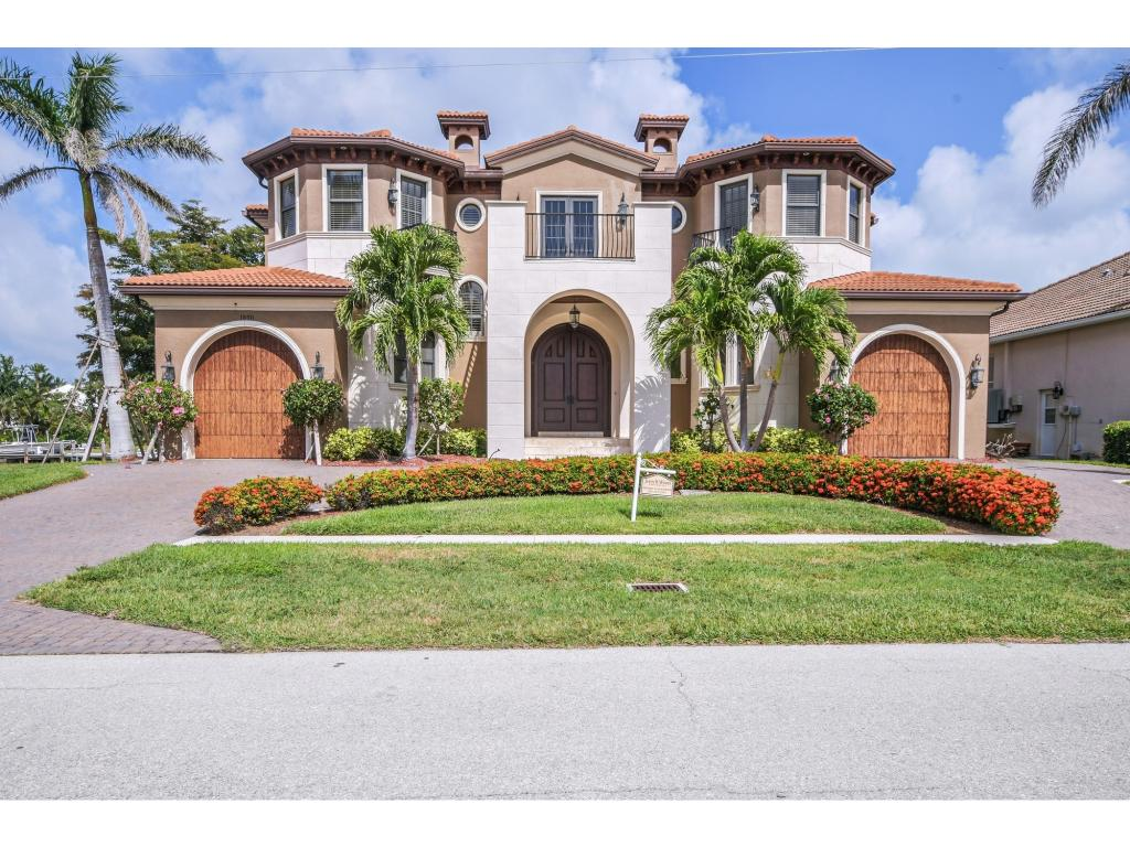Single Family Home for sale in 1850 APATAKI CT, MARCO ISLAND, Florida ,34145
