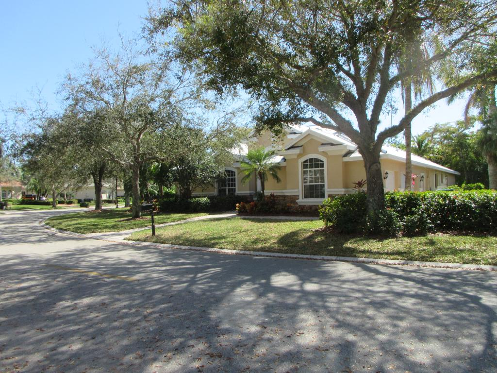 Single Family Home for sale in 7715 MULBERRY LN, NAPLES, Florida ,34114