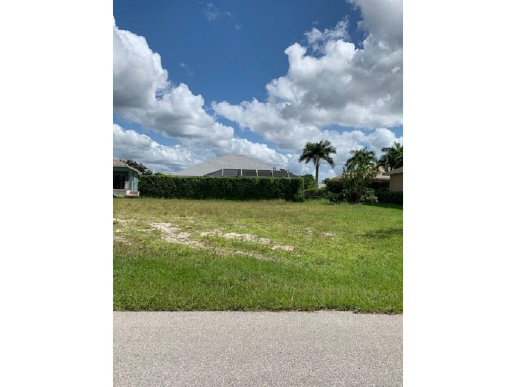 Land for sale in 173 SAXON ST, MARCO ISLAND, Florida ,34145