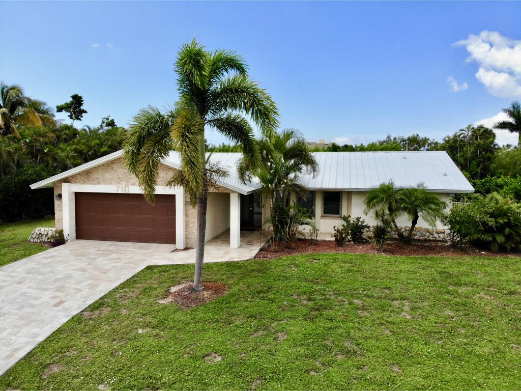 Single Family Home for sale in 710 KENDALL DR, MARCO ISLAND, Florida ,34145