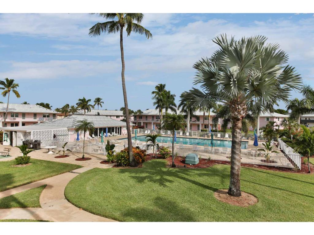 Multi Family for sale in 190 COLLIER BLVD N, MARCO ISLAND, Florida ,34145