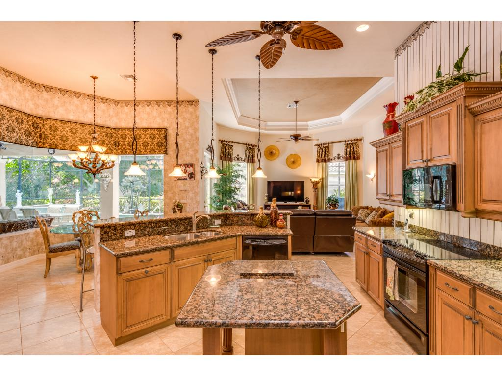 Single Family Home for sale in 7667 MULBERRY LN, NAPLES, Florida ,34114