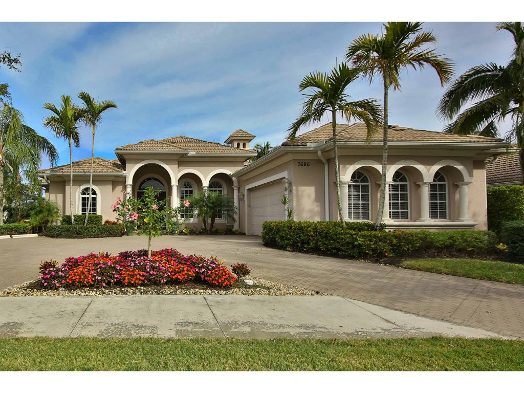 Single Family Home for sale in 7686 MULBERRY LN, NAPLES, Florida ,34114