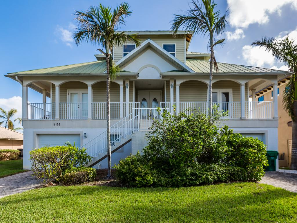 Single Family Home for sale in 1135 VERNON PL, MARCO ISLAND, Florida ,34145