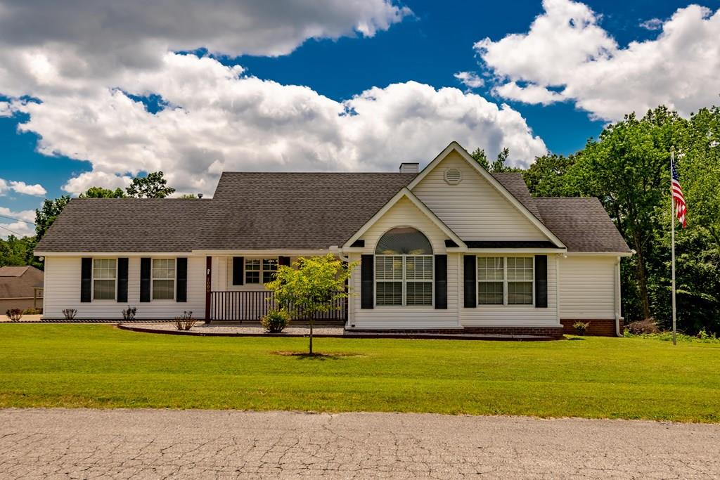 Single Family Home for sale in 1000 Brookhill Dr, Killen, Alabama ,35645