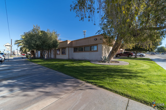 Commercial for sale in 229 S. 8th Street, El Centro, California ,92243