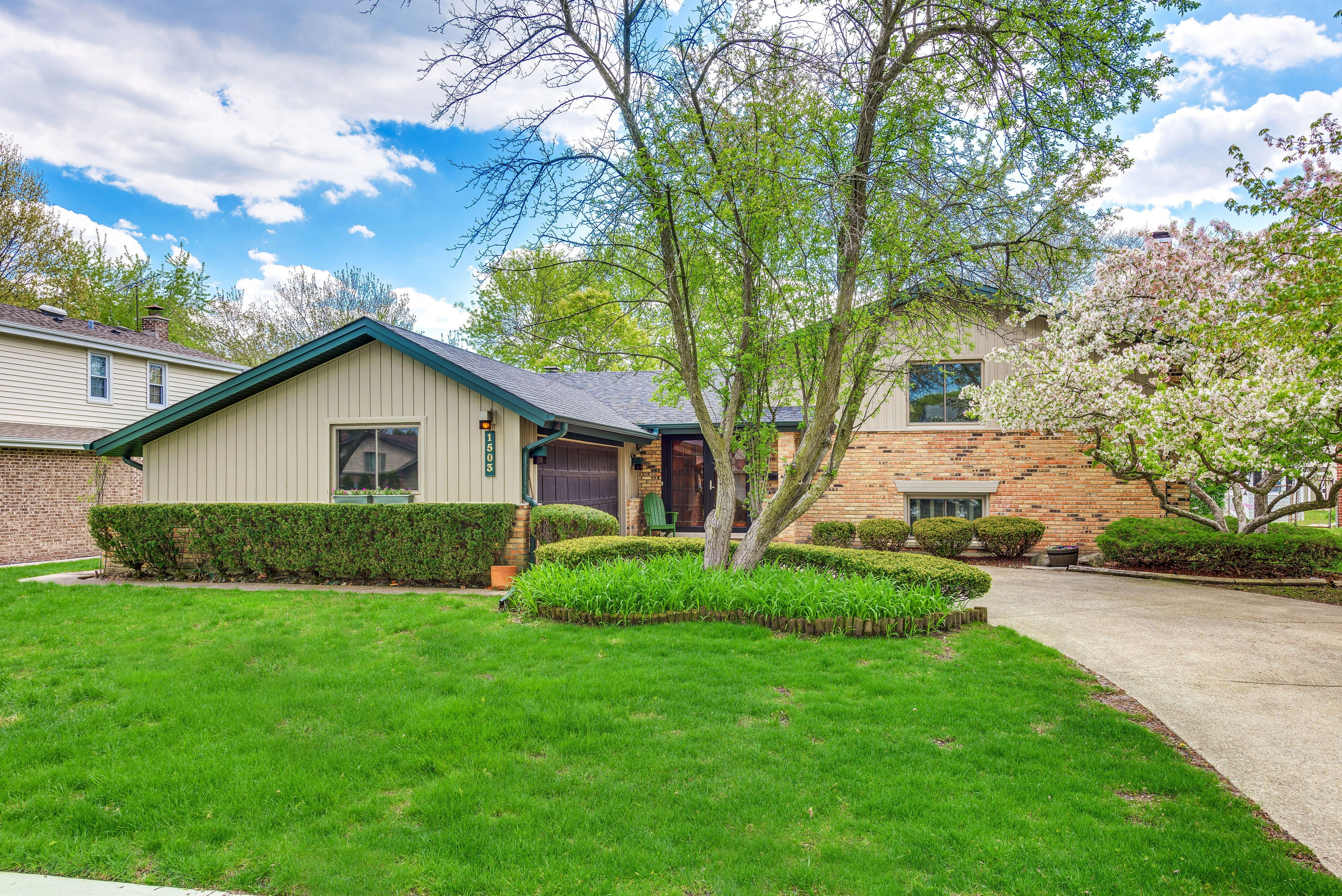 Single Family Home for sale in 1503 E Fleming Drive, Arlington Heights, Illinois ,60004