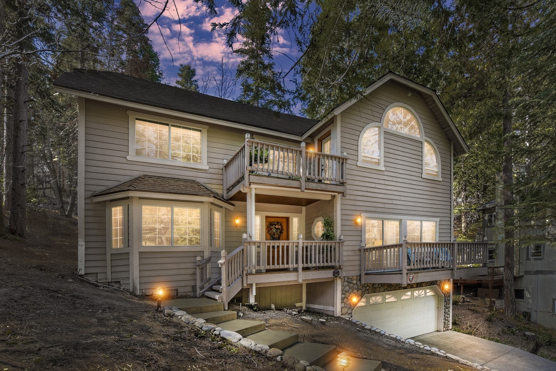 Single Family Home for sale in 370 Bel Air Drive, Lake Arrowhead, California ,92325