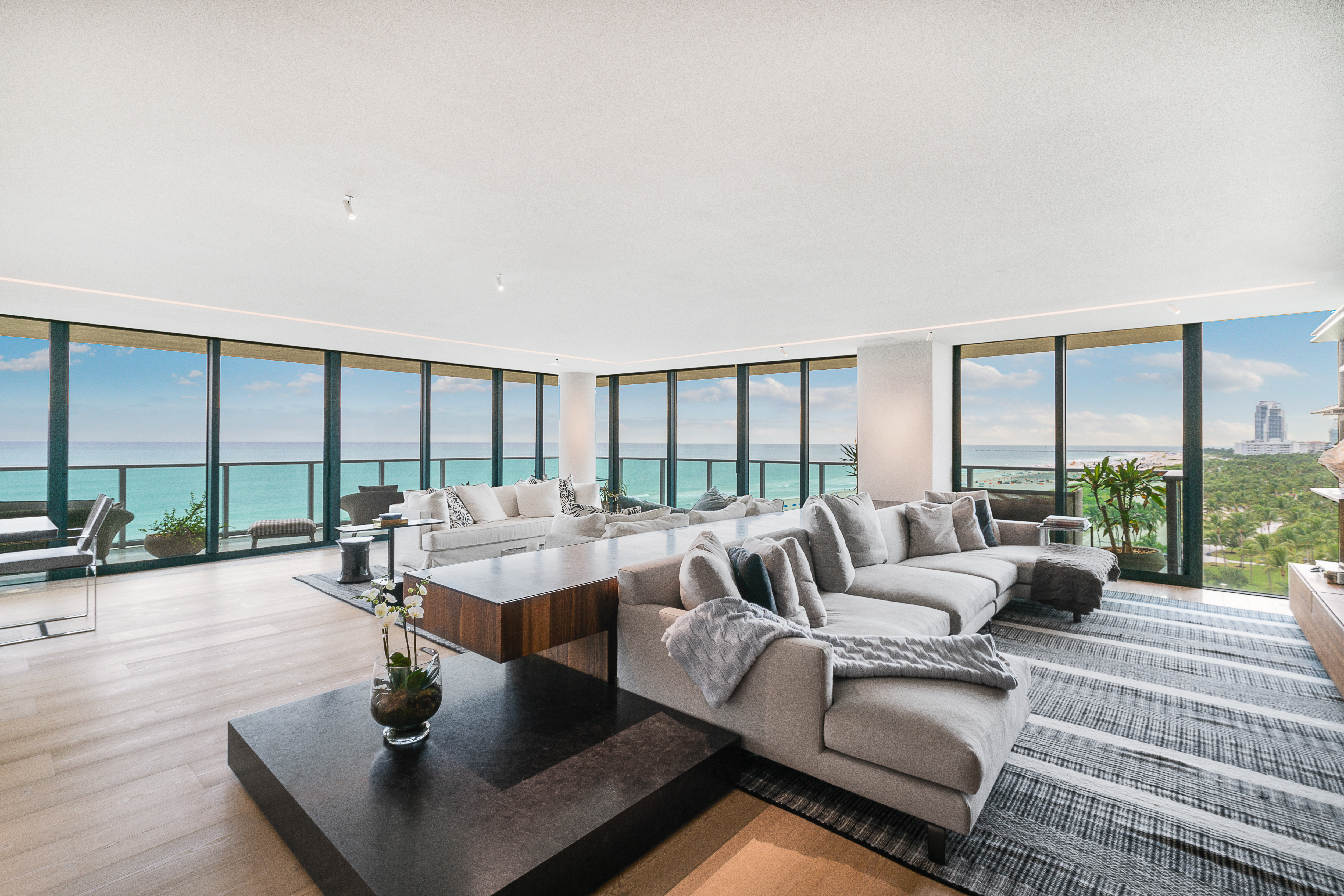 Condominium for sale in 1455 Ocean Dr 1104/5, Miami Beach, Florida ,33139