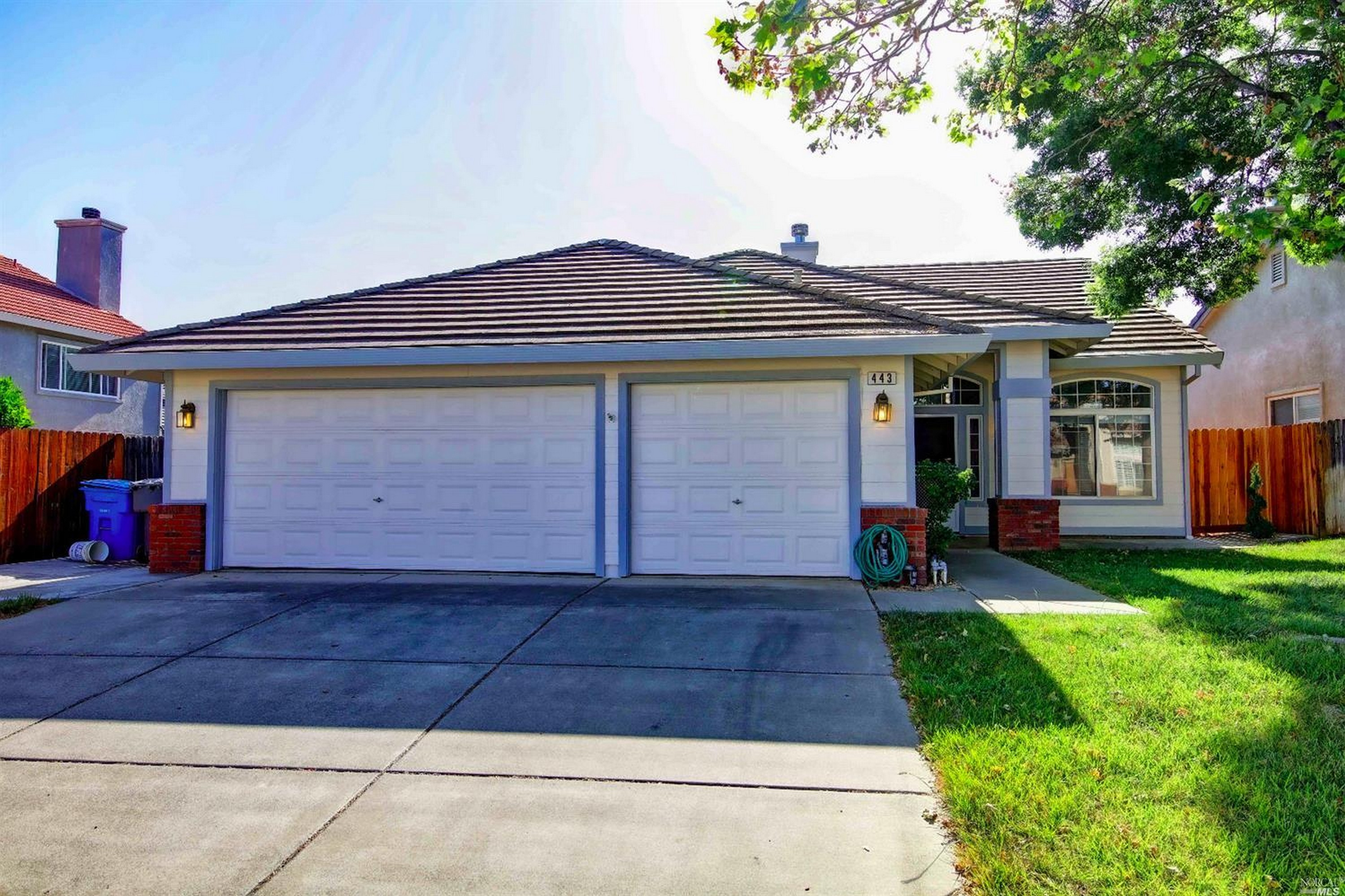 Single Family Home for sale in 443 Crownpointe Circle, Vacaville, California ,95687