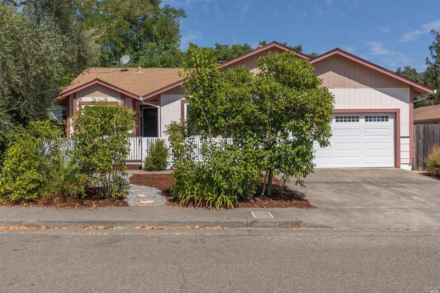 Single Family Home for sale in 432 West 2nd Street, Cloverdale, California ,95425