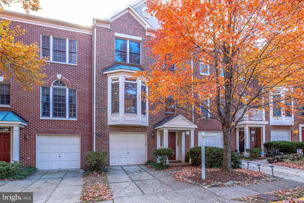 Single Family Home for sale in 11441 Sherwood Forest Way, Fairfax, Virginia ,22030
