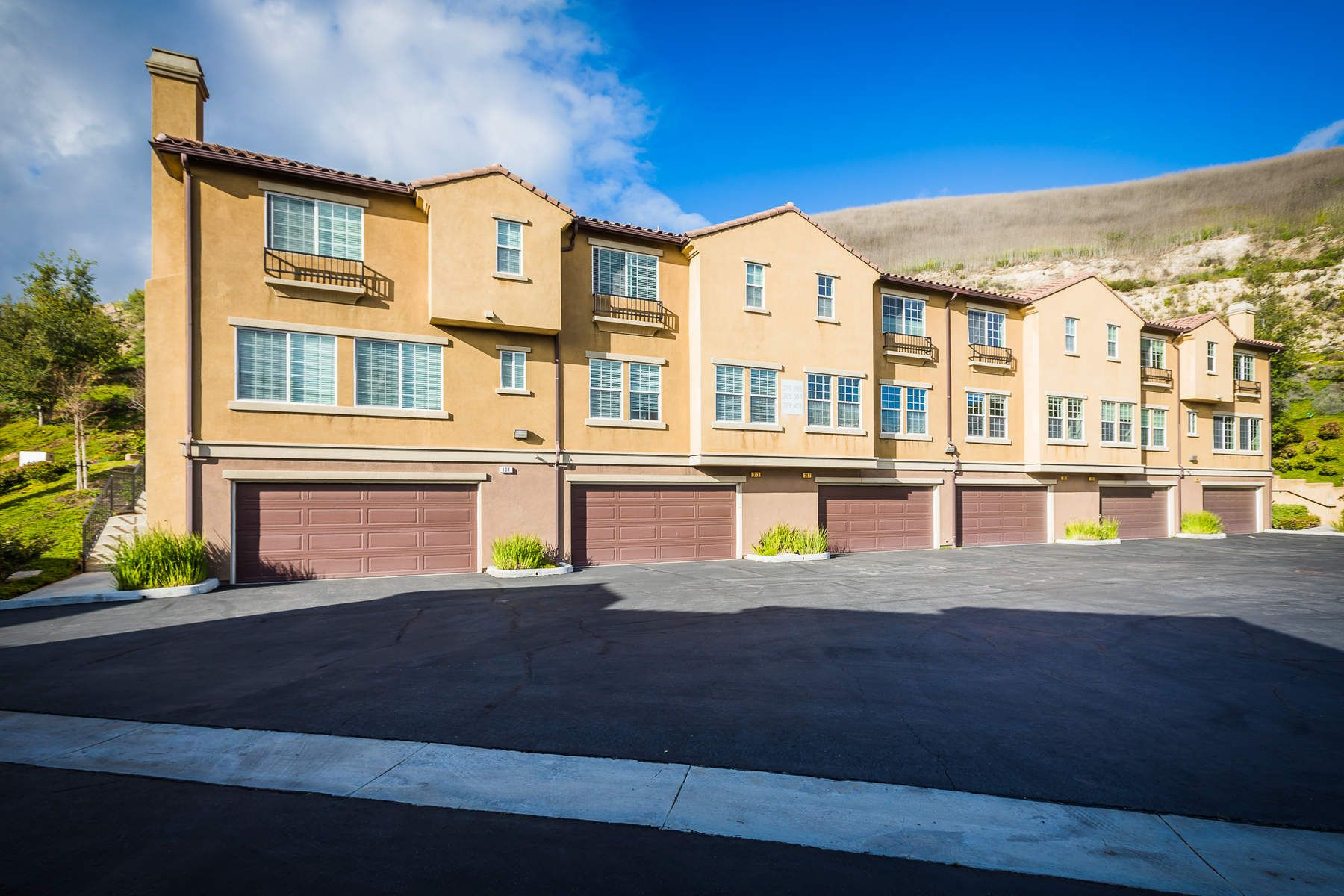 Townhouse/Row House for sale in 397 East Hilltop Way, Thousand Oaks, California ,91362