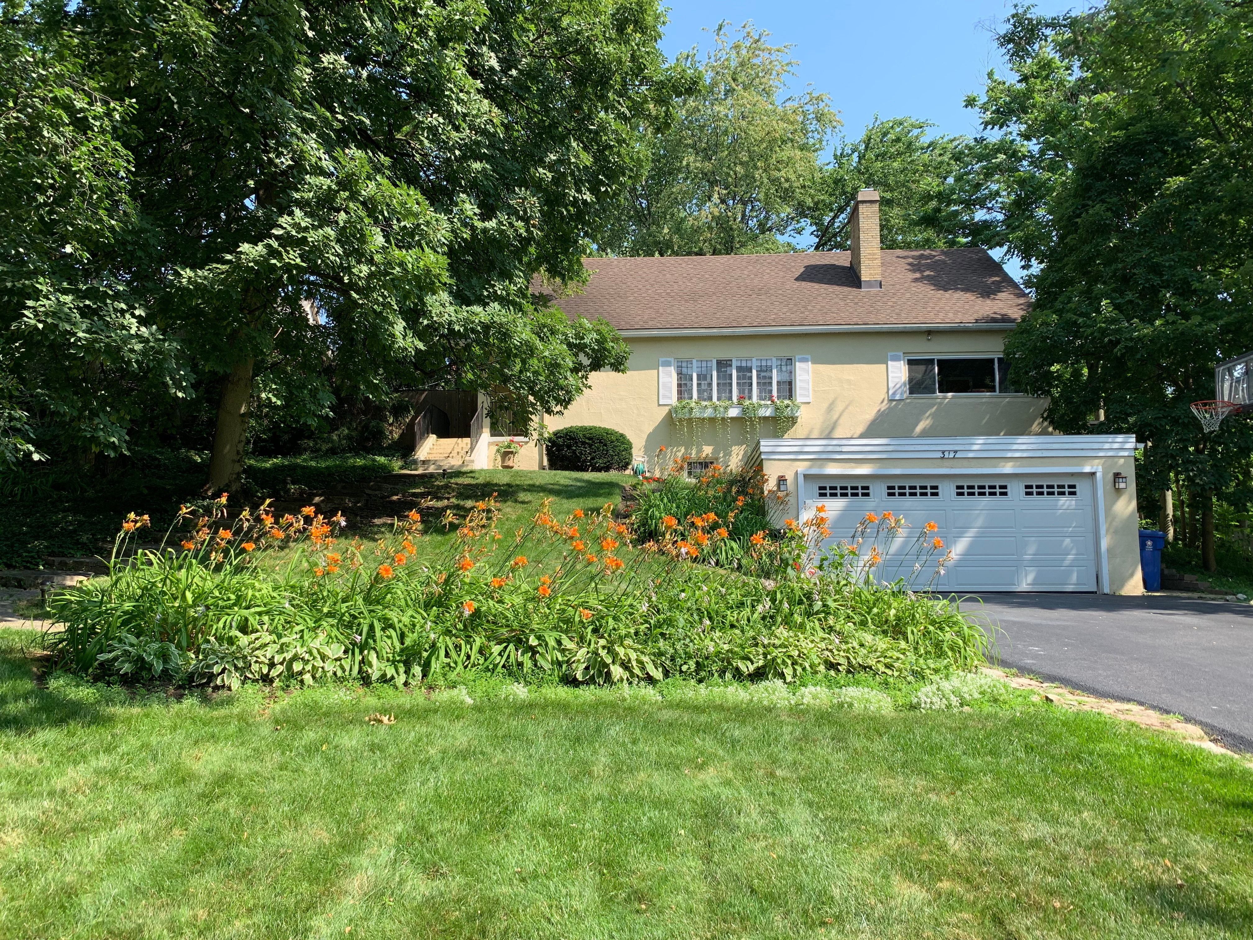 Single Family Home for sale in 317 E Walnut Street, Hinsdale, Illinois ,60521