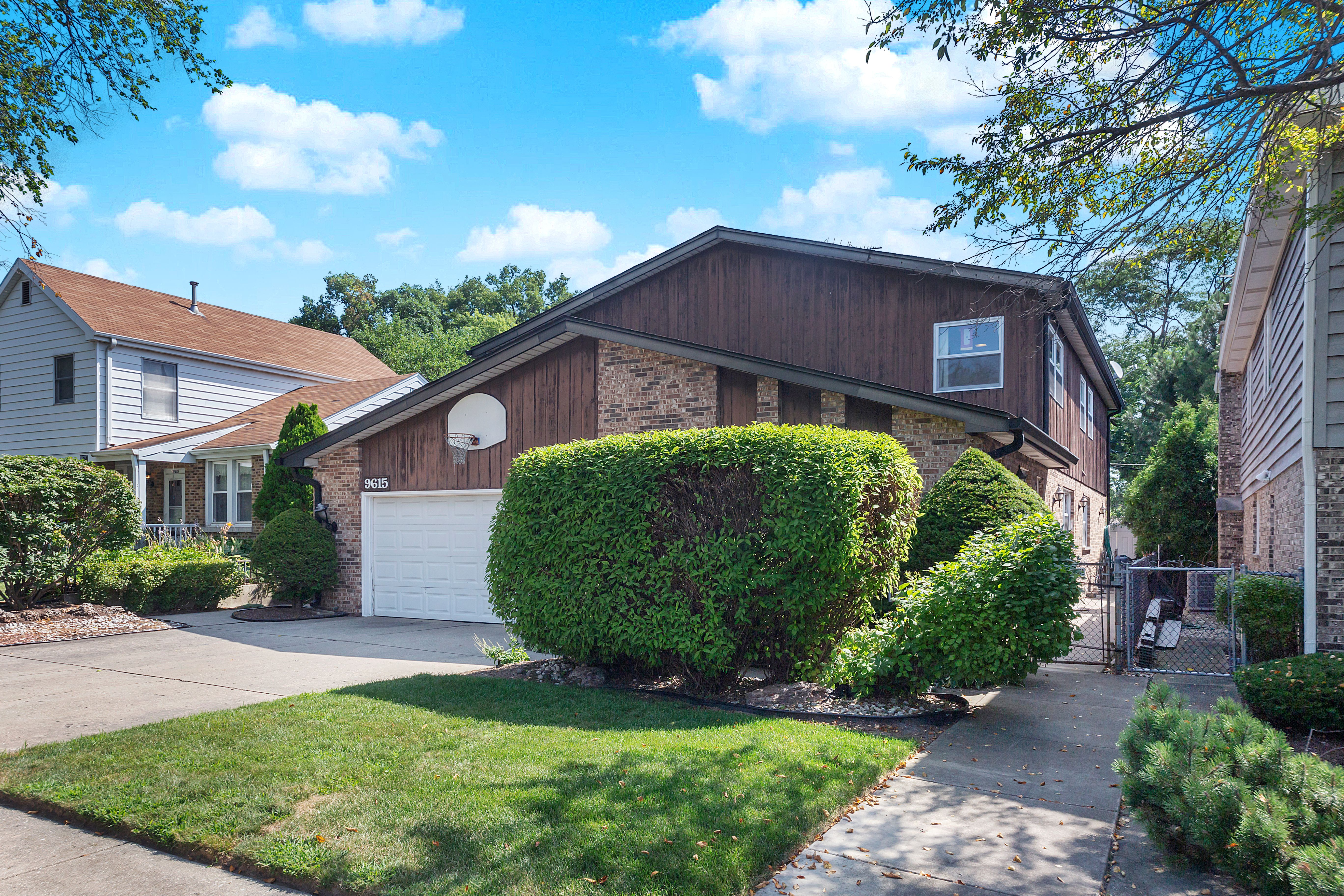 Single Family Home for sale in 9615 Lowell Avenue, Skokie, Illinois ,60076
