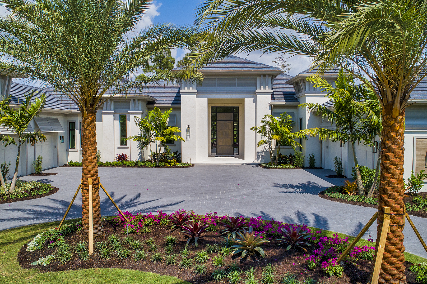 Single Family Home for sale in 1260 Gordon River Trail, Naples, Florida ,34105