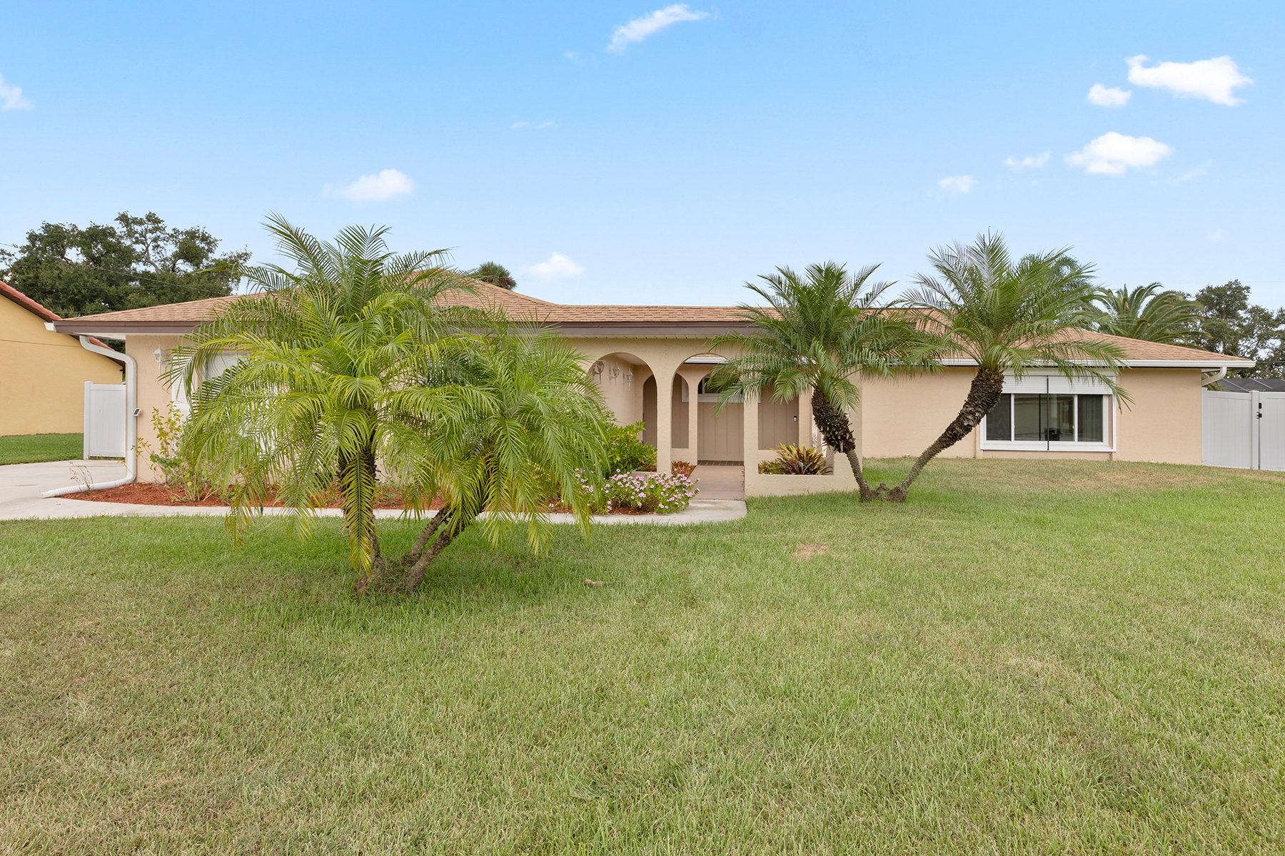 Single Family Home for sale in 1733 Englewood Avenue, Lehigh Acres, Florida ,33936