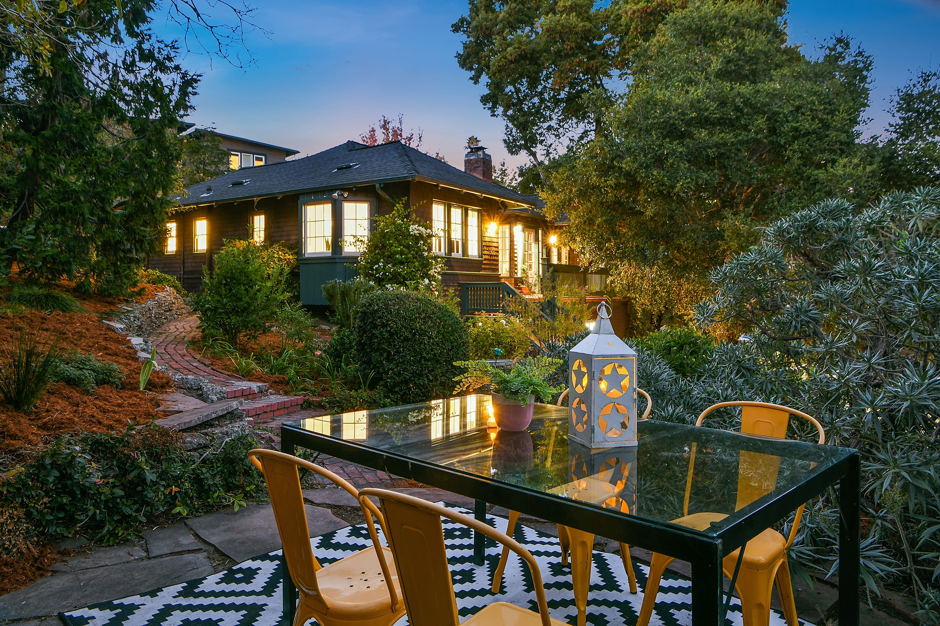 Single Family Home for sale in 501 Kenmore Avenue, Oakland, California ,94610