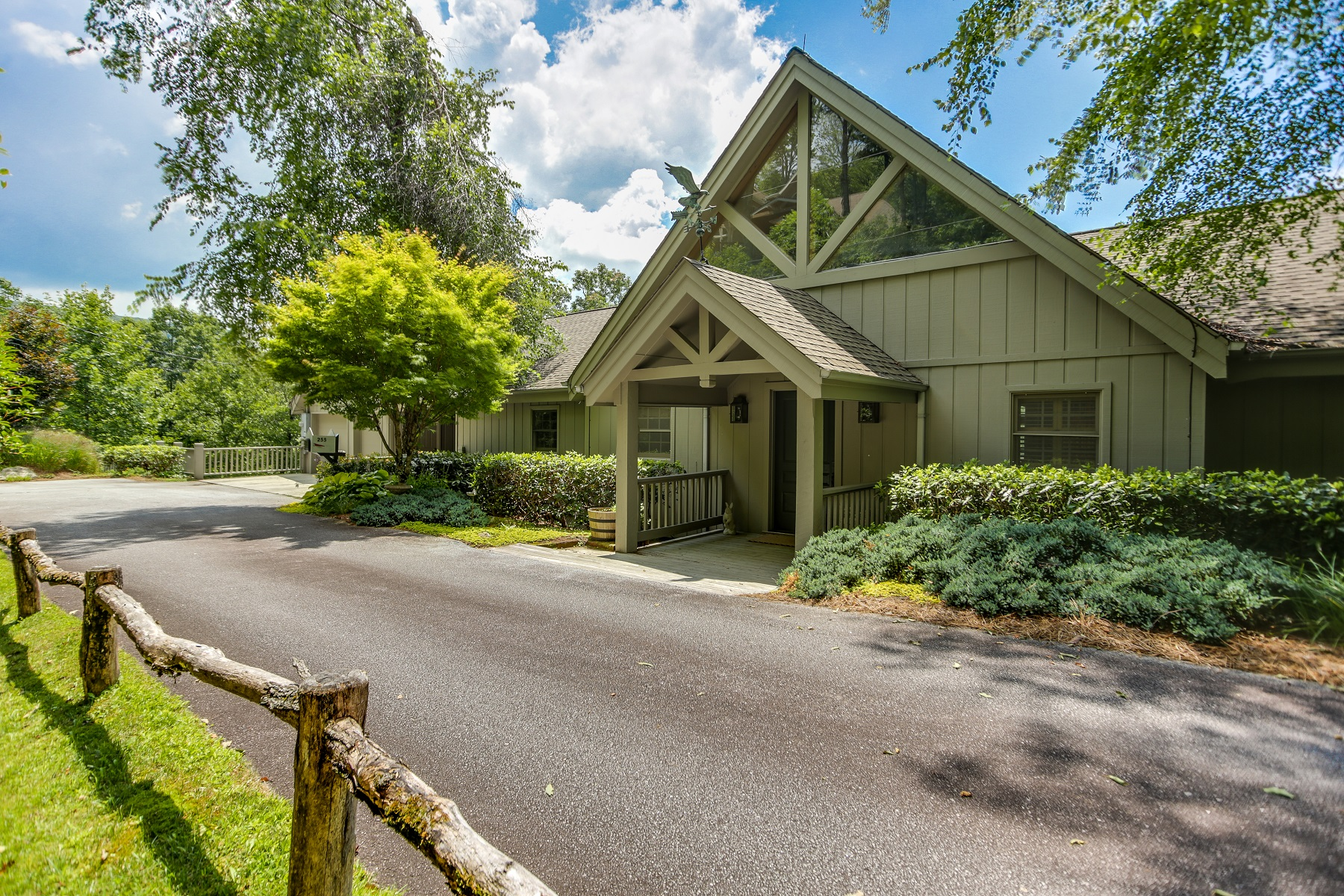 Single Family Home for sale in 255 Rhododendron Drive, Highlands,, NC ,28741