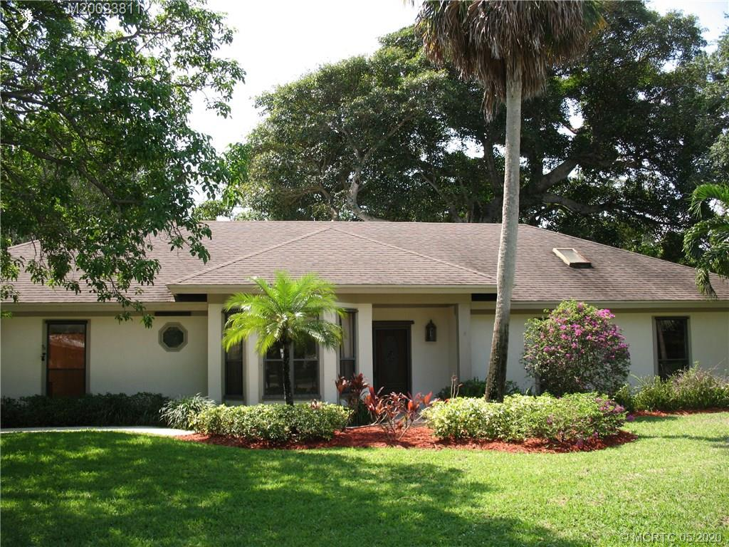 Single Family Home for sale in 13 S Via Lucindia Drive S, Sewalls Point, Florida ,34996