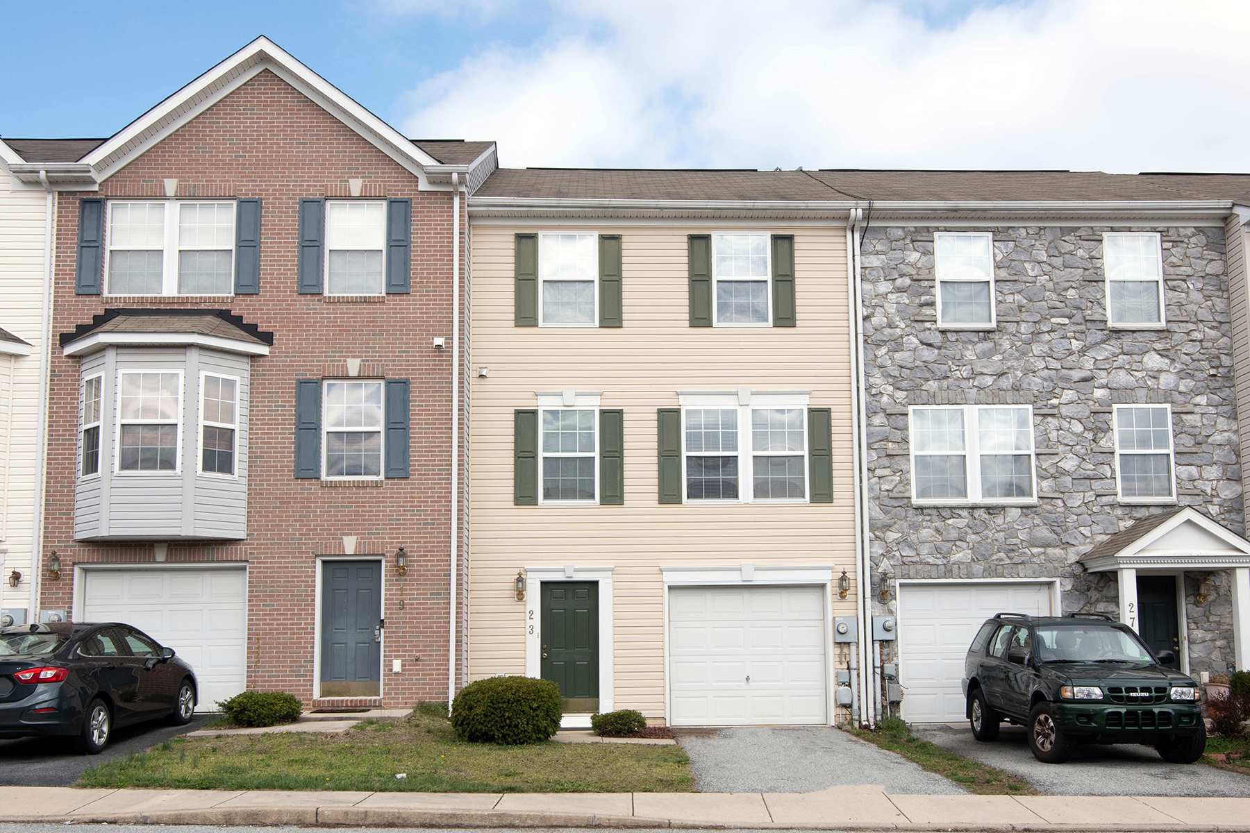 Townhouse/Row House for sale in 23 Dunlap Dr., Charles Town, WV ,25414