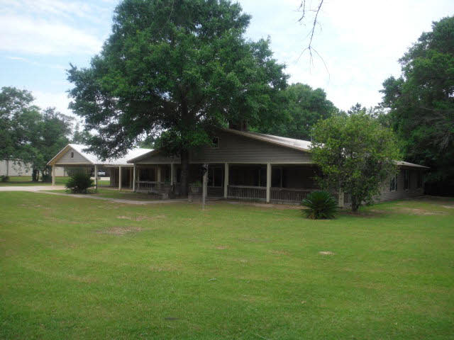 Single Family Home for sale in 9175 County Road 99, Lillian, Alabama ,36549