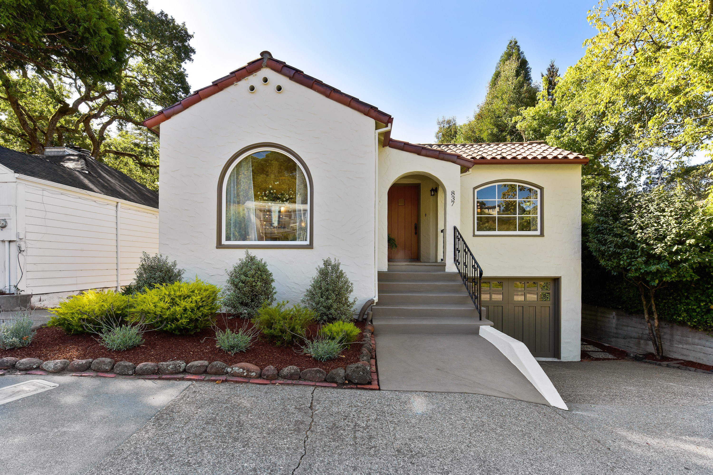 Single Family Home for sale in 837 Sir Francis Drake Blvd., Kentfield, California ,94904