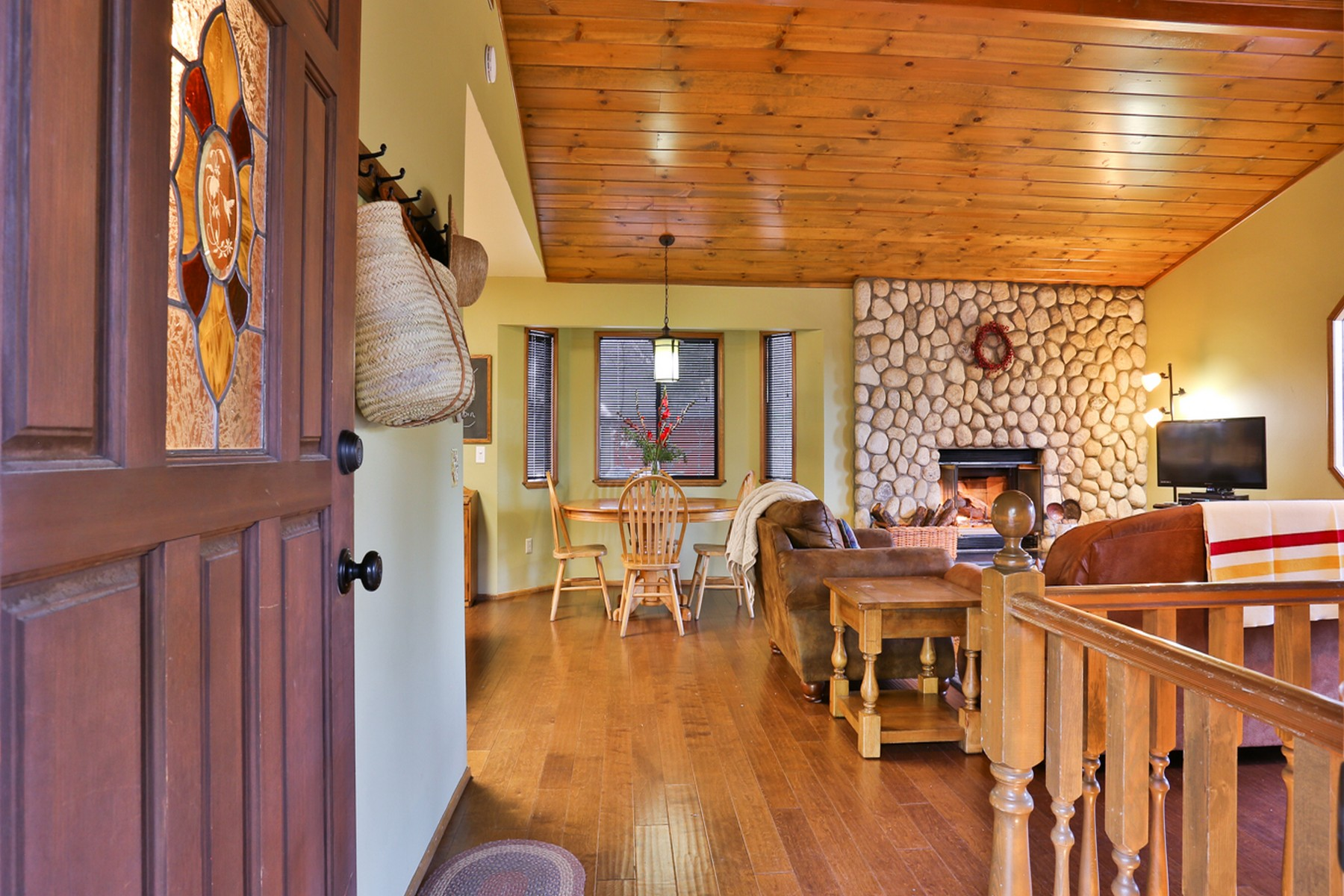 Single Family Home for sale in 604 West Victoria Court, Lake Arrowhead, California ,92352