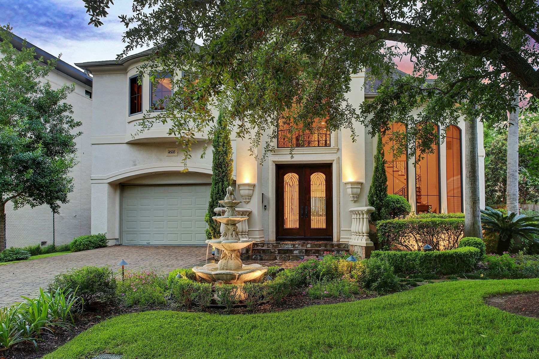 Single Family Home for sale in 4528 Holt Street, Bellaire, Texas ,77401