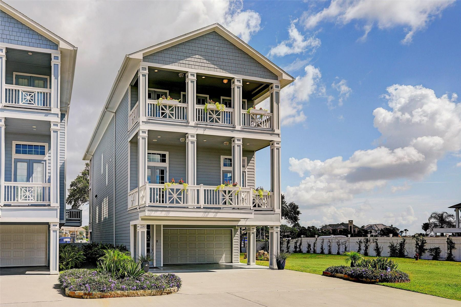 Residential For Sale in 2180 Marina Way, League City, Texas ,77565