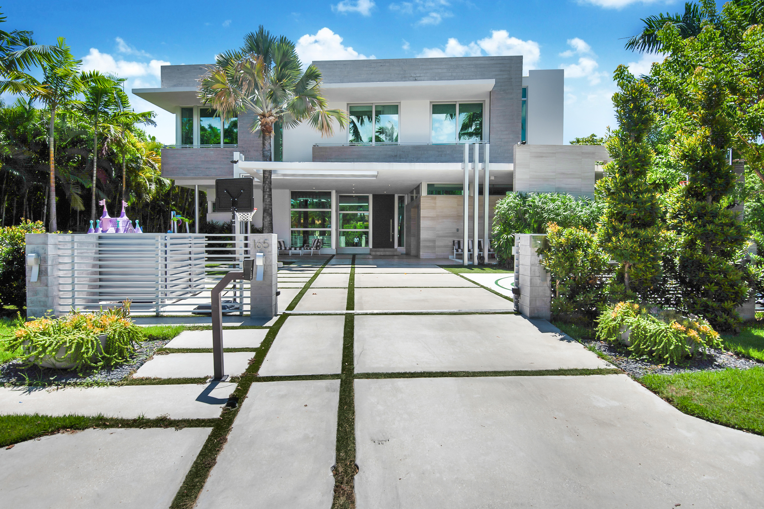 Single Family Home for sale in 165 Bal Bay Dr, Bal Harbour, Florida ,33154