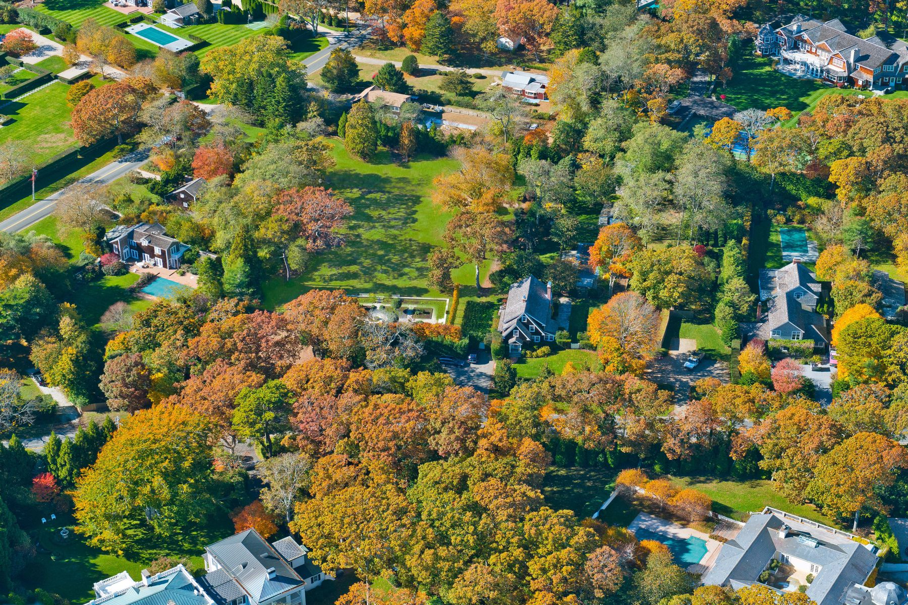 Land for sale in 183 Sayres Path, Wainscott, NY ,11975