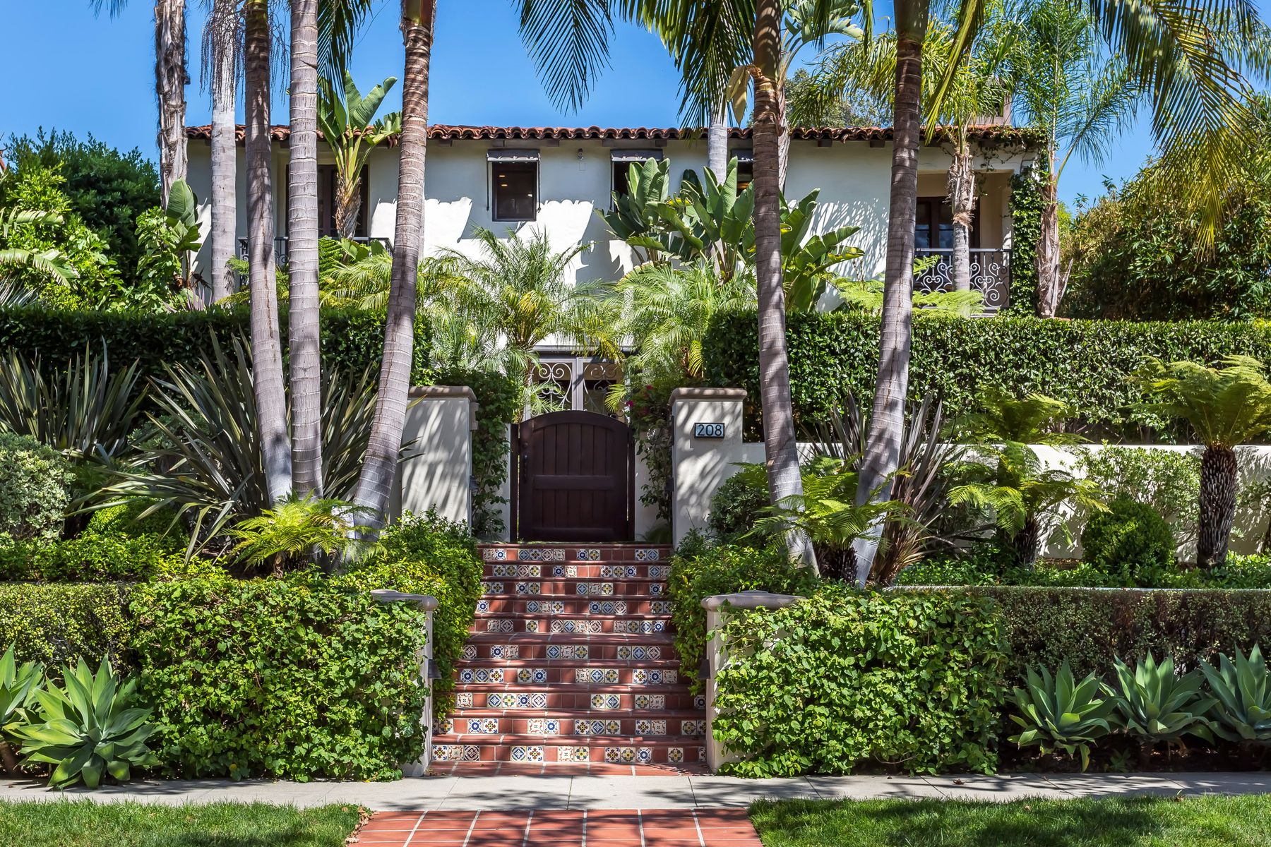 Single Family Home for sale in 208 South Mccadden Place, Los Angeles, California ,90004