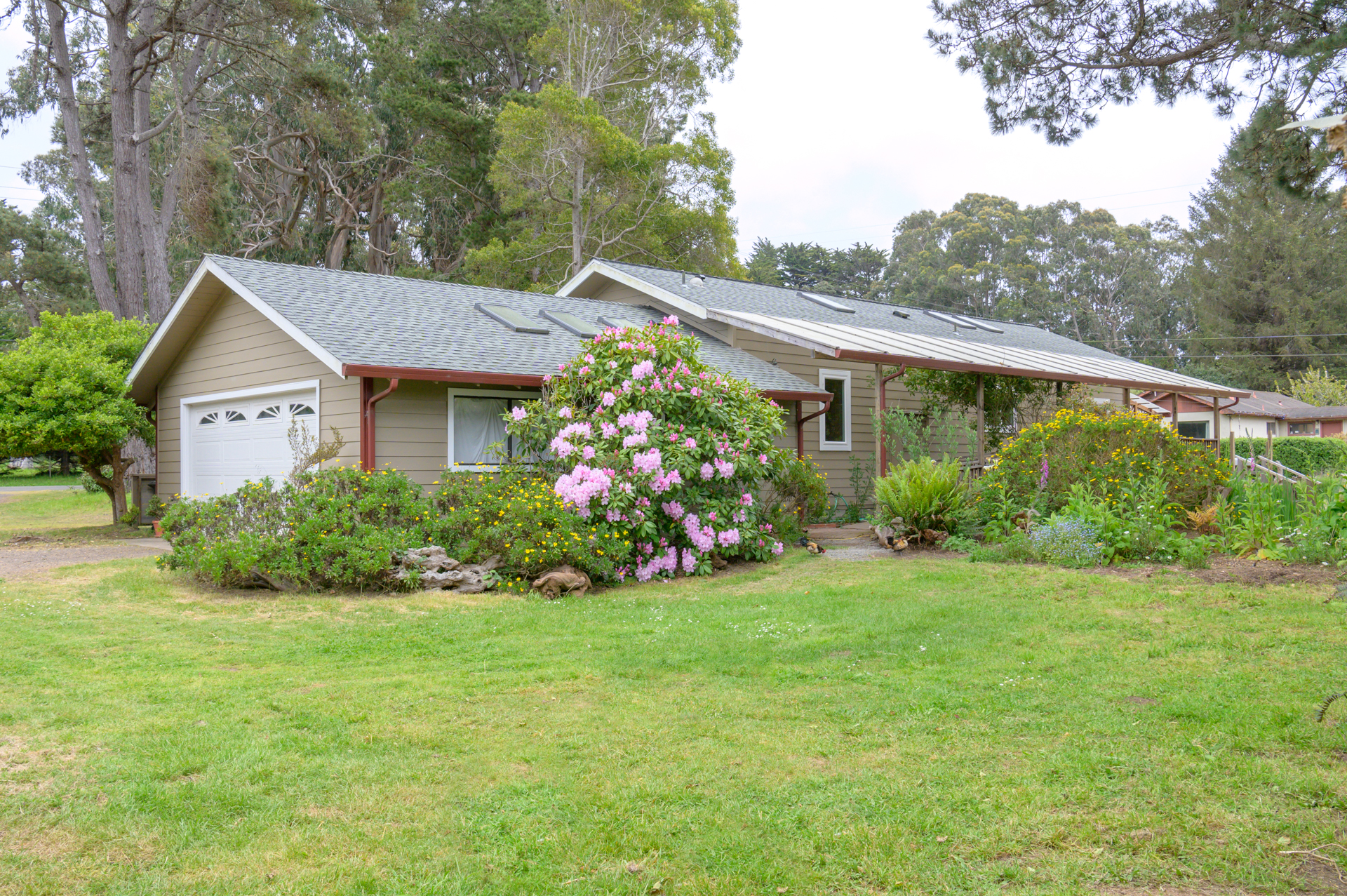 Single Family Home for sale in 17600 Ocean Drive, Fort Bragg, California ,95437