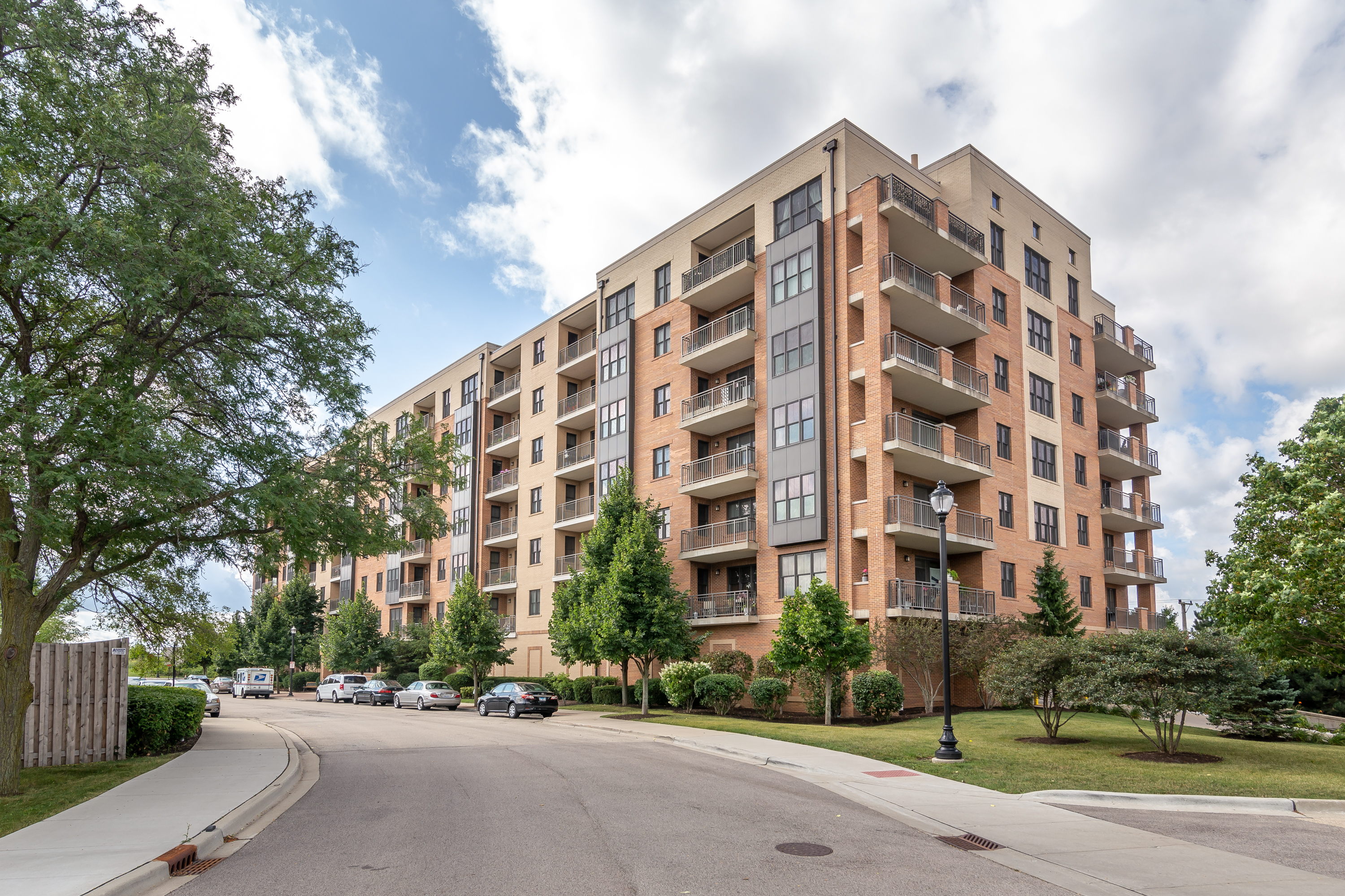 Condominium for sale in 300 Anthony Avenue Unit 709A, Mundelein, Illinois ,60060