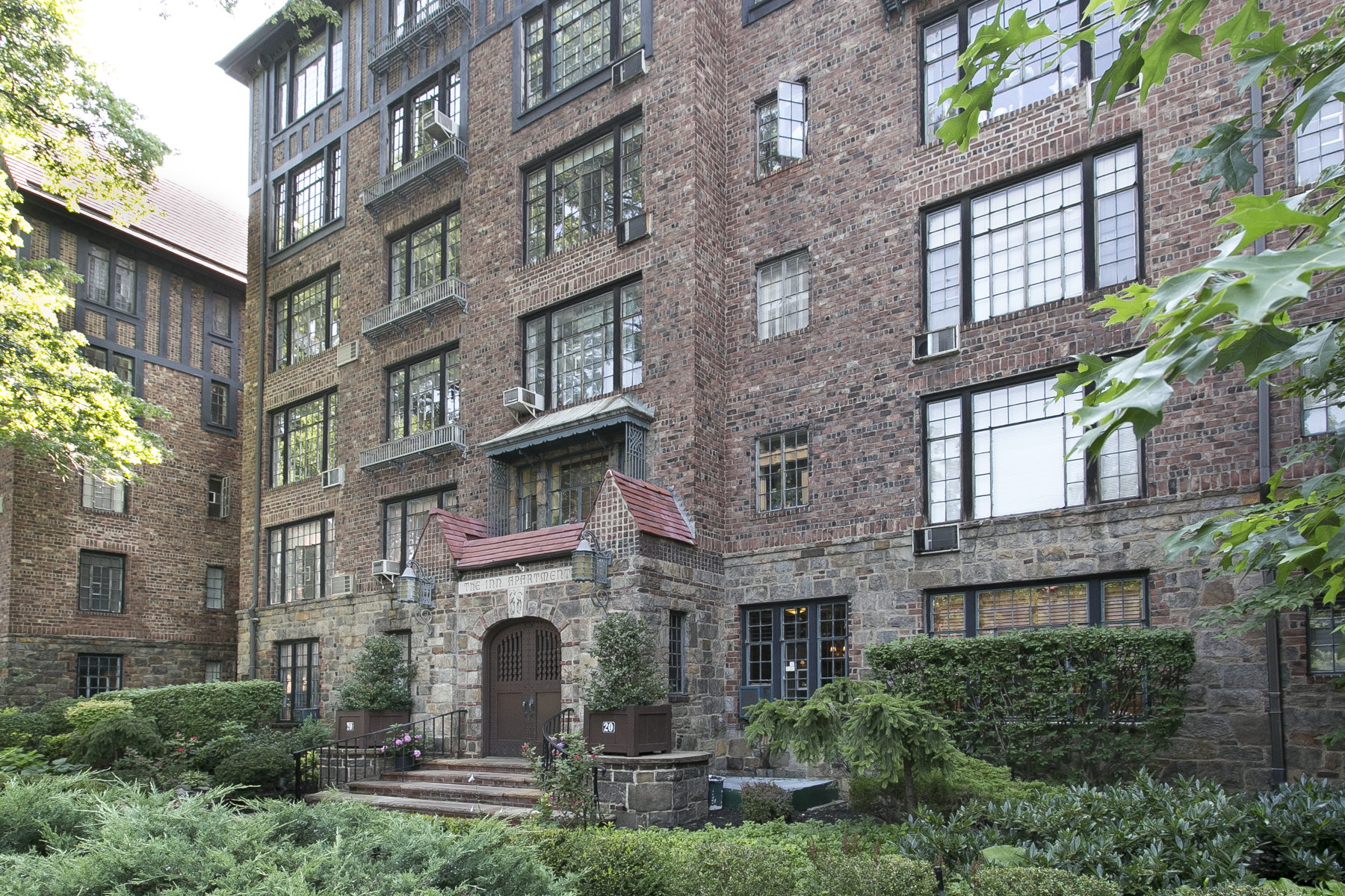 Condominium for sale in 20 Continental Avenue, #4B, Forest Hills Gardens,, Queens, NY ,11375