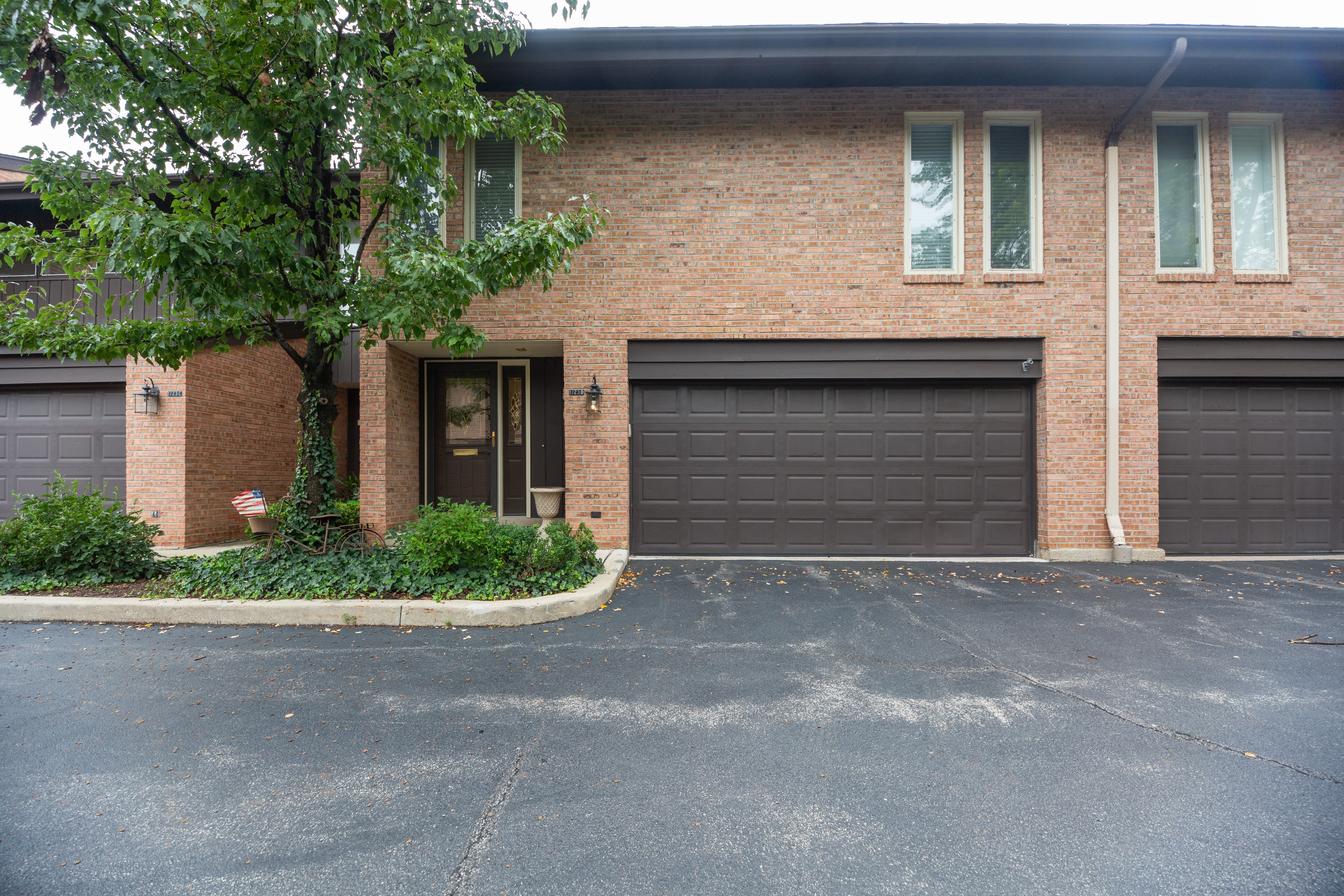 Townhouse/Row House for sale in 1723 Wildberry Drive Unit D, Glenview, Illinois ,60025