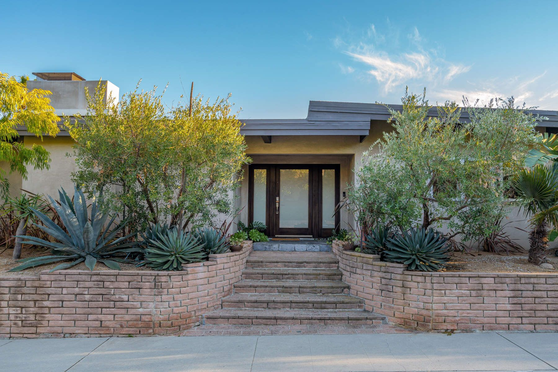 Single Family Home for sale in 1084 Glenhaven Drive, Pacific Palisades, California ,90272