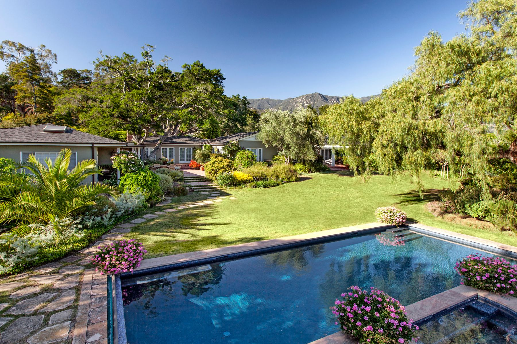 Single Family Home for sale in 1422 East Valley Road, Montecito, California ,93108