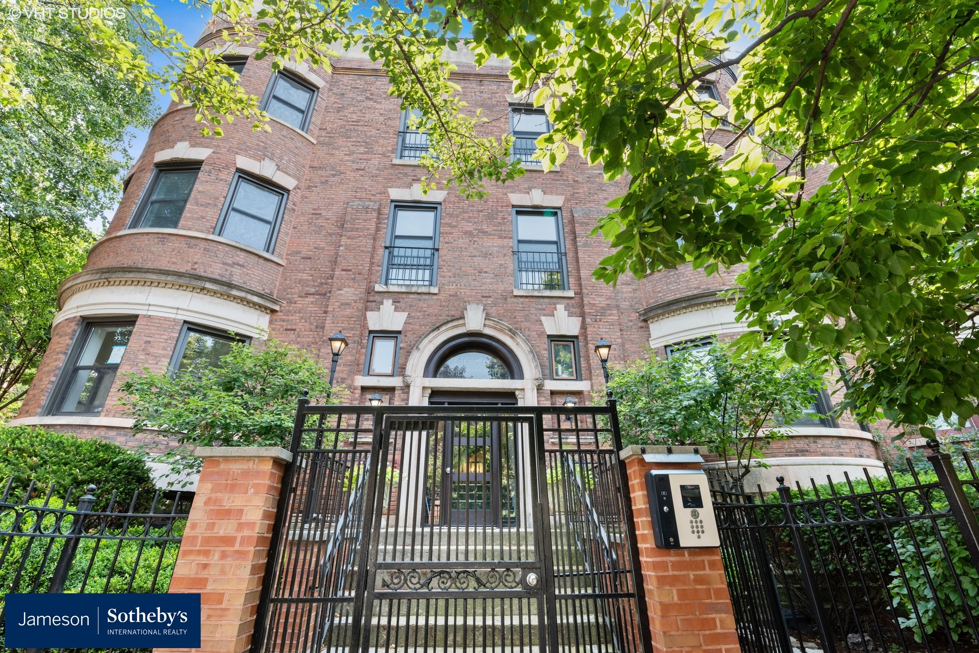 Single Family Home for sale in 4063 N Sheridan Road Unit 2, Chicago, Illinois ,60613