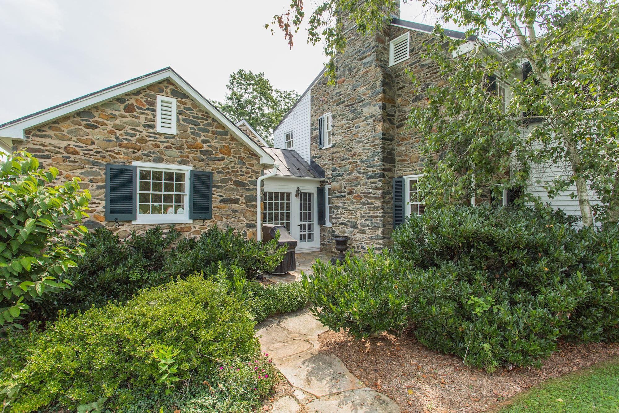 Single Family Home for sale in 9092 John Mosby Hwy, UPPERVILLE, Virginia ,20184