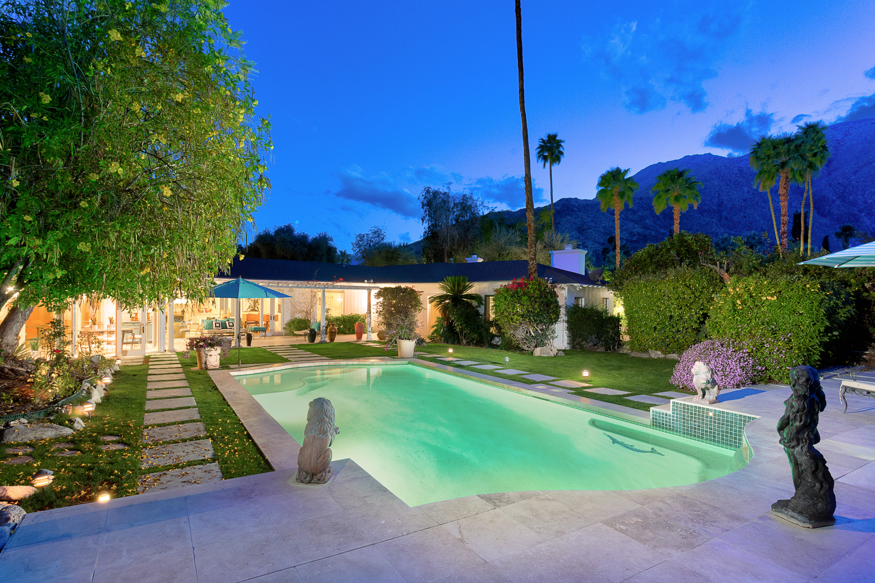 Single Family Home for sale in 416 W Hermosa Pl, Palm Springs, California ,92262