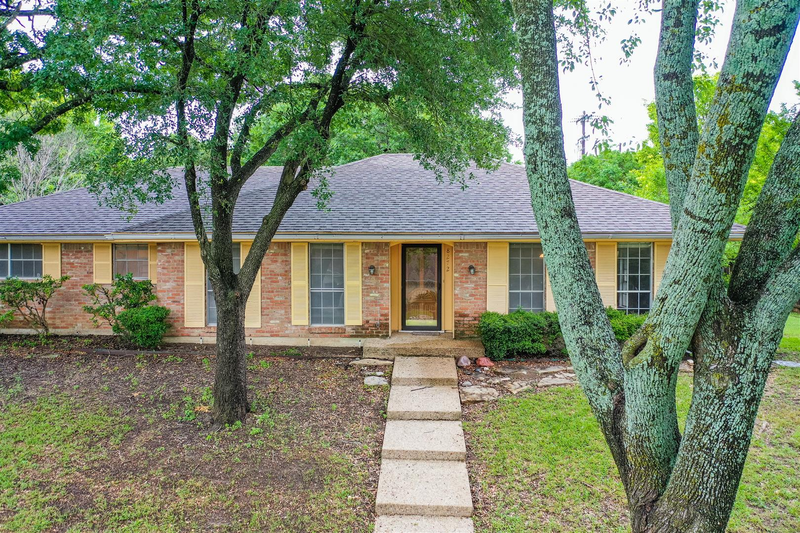 Single Family Home for sale in 8272 Shadow Wood Drive, Woodway, Texas ,76712