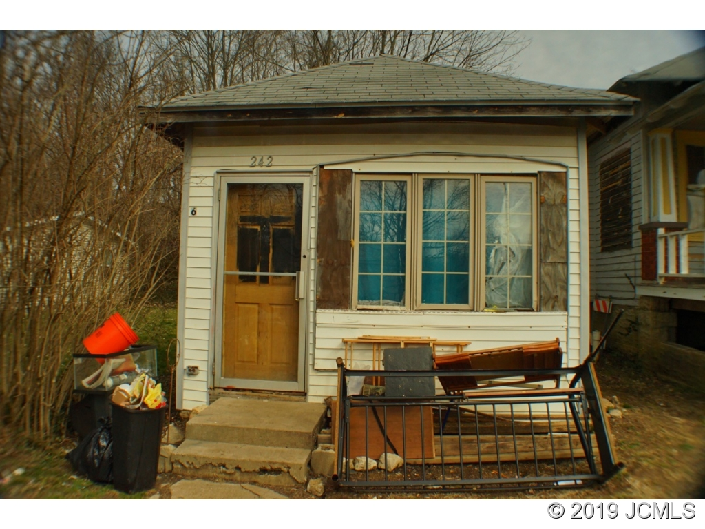 Single Family Home for sale in 240 Main St E, Hanover, Indiana ,47243