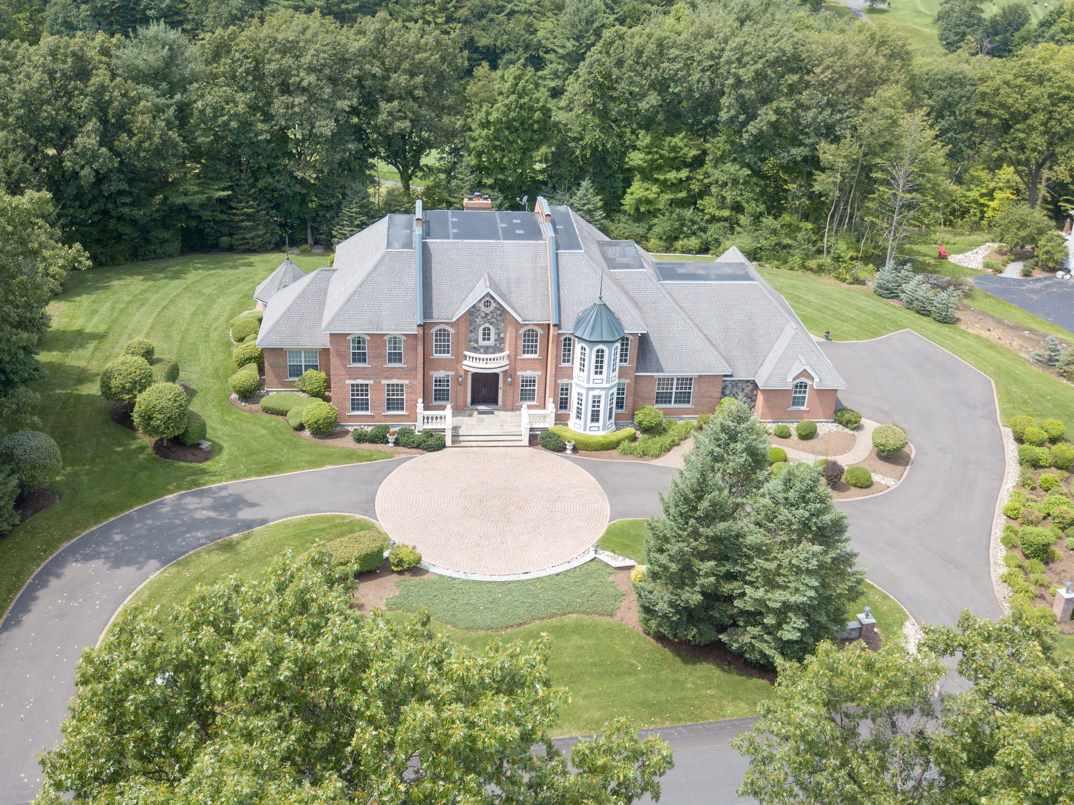 Residential For Sale in 38 EAST RIDGE RD, Loudonville, NY ,12211
