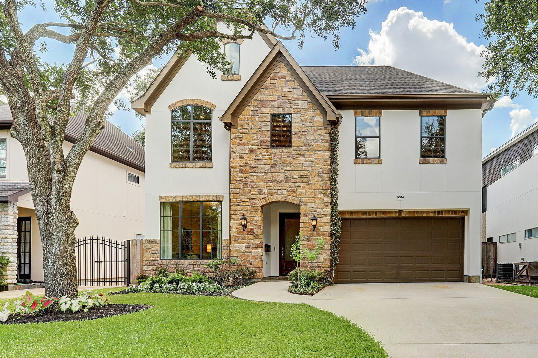 Single Family Home for sale in 7004 Newcastle Street, Bellaire, Texas ,77401