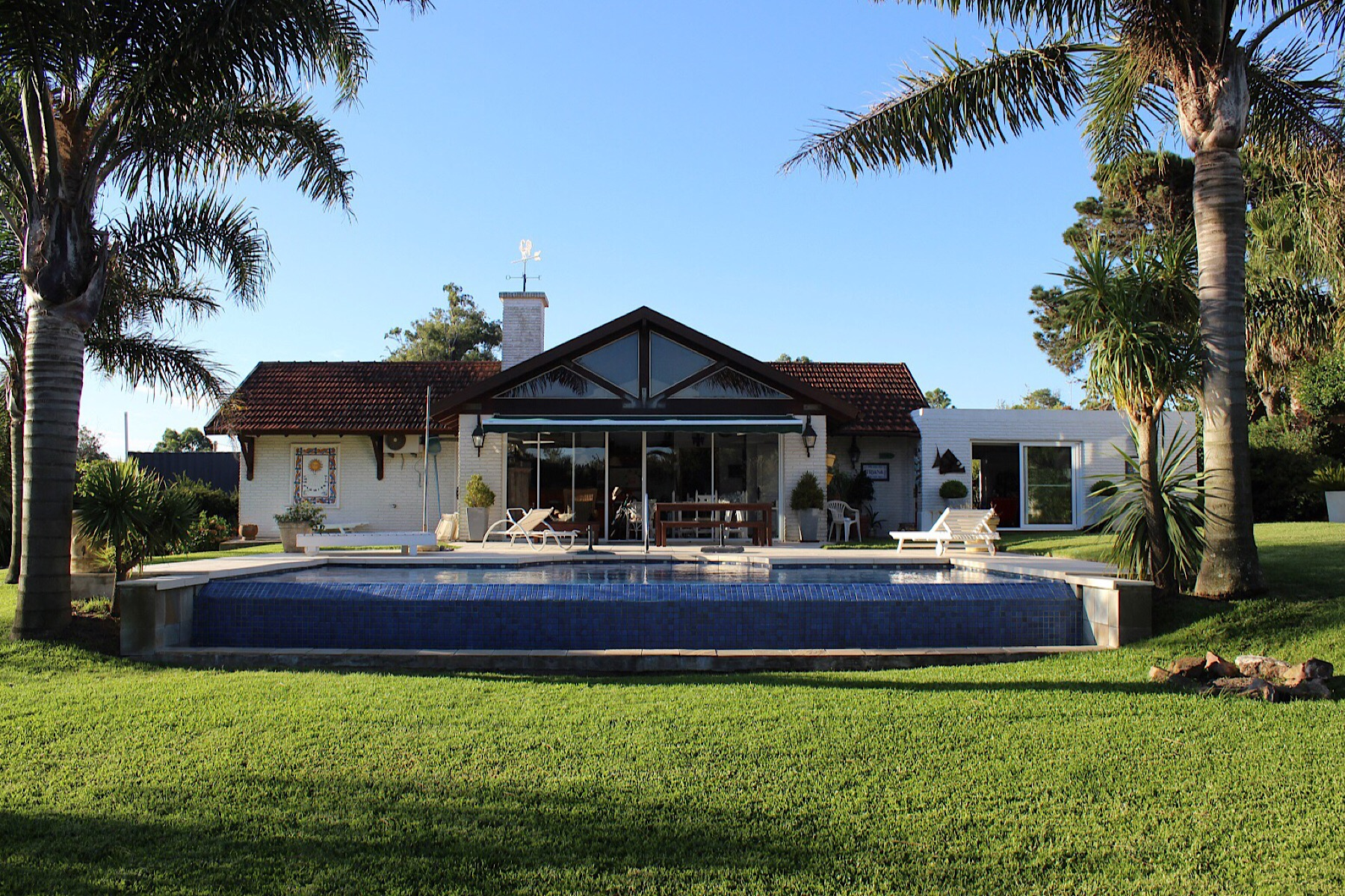 Single Family Home for sale in La Floresta Avenida sarandi Sebastian elcano, Canelones, Canelones   , Uruguay